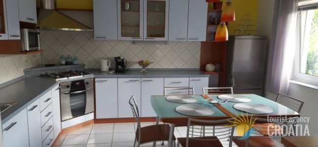 Apartment Sandra Grabar 1/2 + 2pp