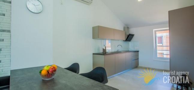 Apartman Grabar br.3_2/2+2pp