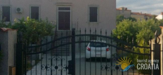 Casa Lungomare H